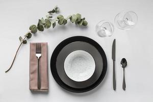 arrangement de table avec plante vue ci-dessus photo