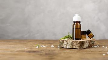 arrangement avec des produits relaxants du spa photo