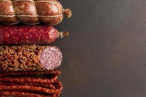 Close-up variété de viande de porc fraîche avec espace copie photo