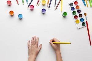 aquarelle colorée plate laïque avec espace de copie photo