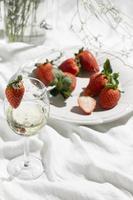 champagne aux fraises photo