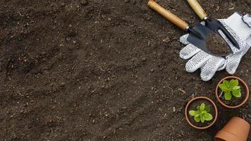 bordure d'outils de jardinage photo