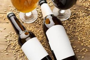maquette de bouteilles de bière photo