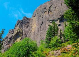wolf rock en juillet - près de la rivière bleue, ou photo