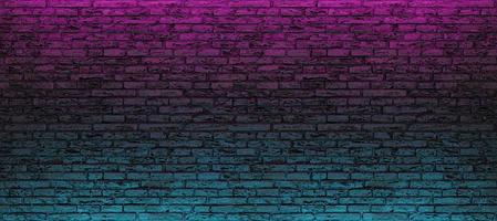 Mur de briques vide avec néon bleu et rose photo