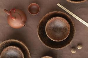 vue de dessus arrangement de vaisselle japonais photo