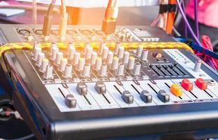 panneau de commande audio pour l'ouverture dans les festivals pour le divertissement et les prises audio photo