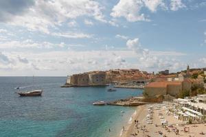 Vue panoramique sur la baie et la vieille ville de Dubrovnik Croatie photo