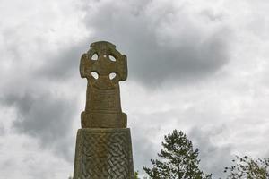 Croix celtique dans le Pembrokeshire Wales England uk photo