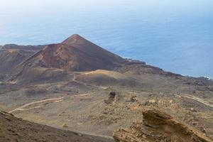 Côte de l'île volcanique de las palmas aux îles canaries photo