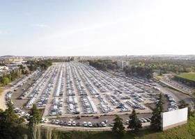 fond de vue aérienne de véhicules stationnés photo