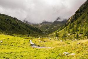 paysage dans les alpes du tyrol du sud photo