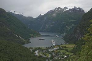 Geiranger fjord en norvège photo