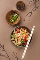 arrangement créatif de plats délicieux photo