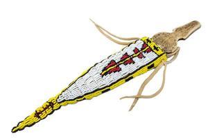 couteau indien avec manche en os dans un carquois brodé de perles photo