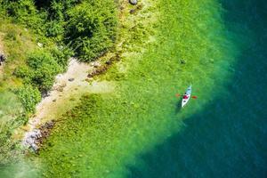 Journée d'été à Riva del Garda, Trento, Italie photo