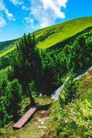 Paysage sur le monte altissimo di nago à trento, italie photo