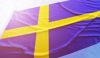 drapeau suédois sur le ciel bleu photo