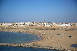 plage à rabat maroc photo
