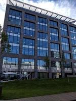 façade de bureau moderne photo