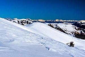 alpes enneigées un photo