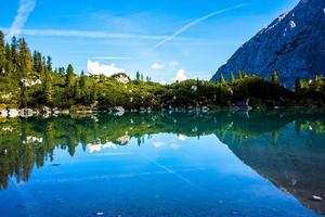 vue sur le lac sorapis photo