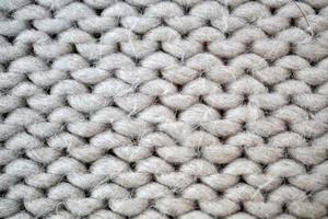 tissu fait main en laine blanche photo