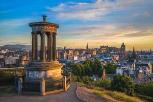 Dugald monument à Calton Hill à Édimbourg, Royaume-Uni photo