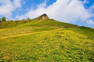 sommet de la montagne et ciel photo