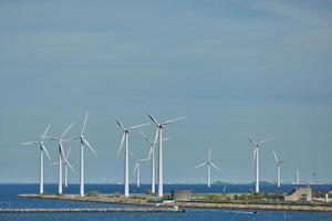 Parc d'éoliennes offshore à Copenhague , Danemark photo