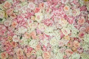 toile de fond de mariage avec décoration de fleurs et de mariage photo