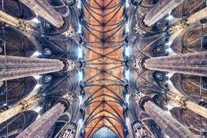 l'architecture de la cathédrale de milan, italie photo