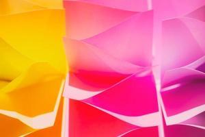 fond abstrait coloré, fait d'autocollants en papier photo