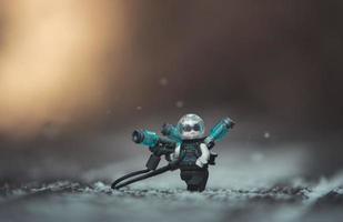 varsovie 2020 - figurine de super héros lego mr. Geler photo