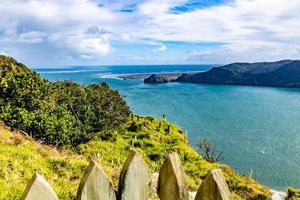 Vues depuis une colline à Manakua Heads, Auckland, Nouvelle-Zélande photo