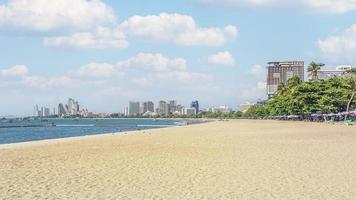 plage dans la ville de pattaya, thaïlande photo