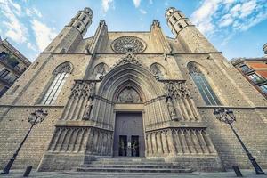 cathédrale de barcelone le soir, espagne photo
