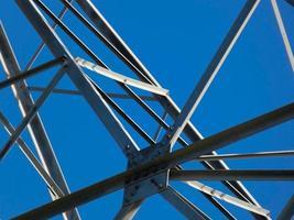 tour métallique à haute tension photo
