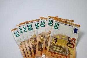 billets de 50 euros en forme d'éventail photo