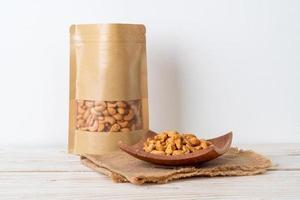 noix de cajou en sachet photo