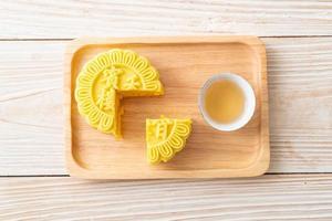 saveur de crème pâtissière de gâteau de lune chinois photo