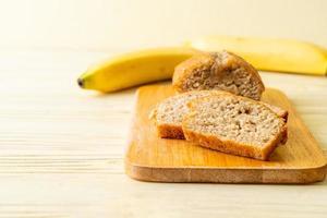 pain aux bananes maison tranché photo