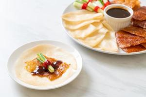 canard laqué - cuisine chinoise photo