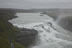 Chute d'eau de Gullfoss sur la rivière Hvita en Islande photo