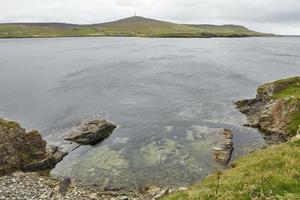 Vue côtière à Lerwick, îles Shetland, Ecosse photo