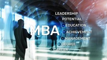 mba - maîtrise en administration des affaires, concept d'apprentissage en ligne, d'éducation et de développement personnel. photo