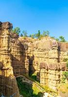 pha chor ou le grand canyon chiangmai dans le parc national de mae wang, chiang mai, thaïlande photo
