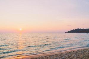 coucher de soleil avec mer photo