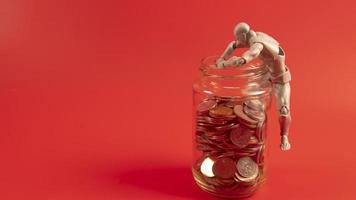concept de problème financier. personnes ayant des problèmes financiers. photo