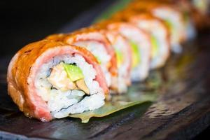 sushi au bœuf matsusaka et wagyu photo